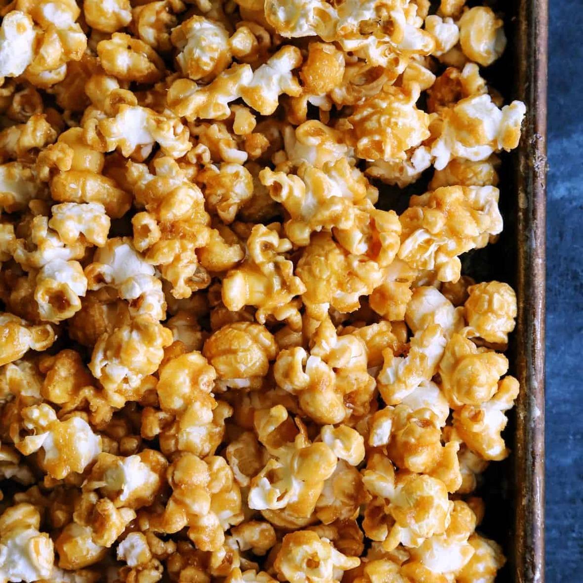 IMG 0937a AFarmgirlsDabbles AFD-baked-caramel-corn-z-square