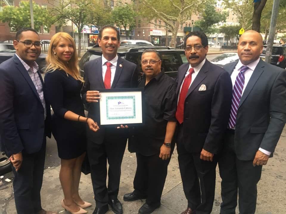Concejal Fernando Cabrera recibe apoyo de la Organizacion Agenda Dominicana para  reelección