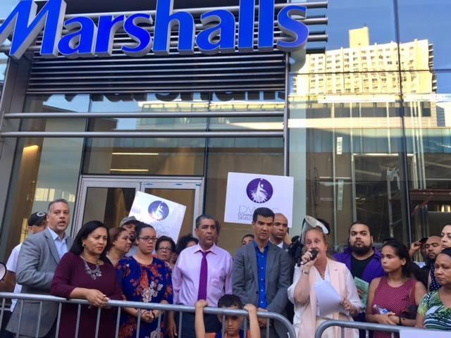 Líderes Electos de Washington Heights le exigen a Marshalls trabajos para la comunidad.