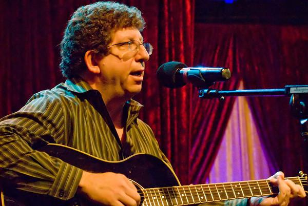 dan jablons with guitar 2