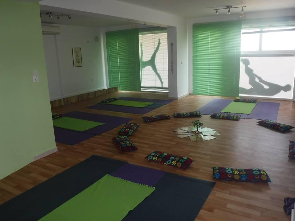 giving yoga17