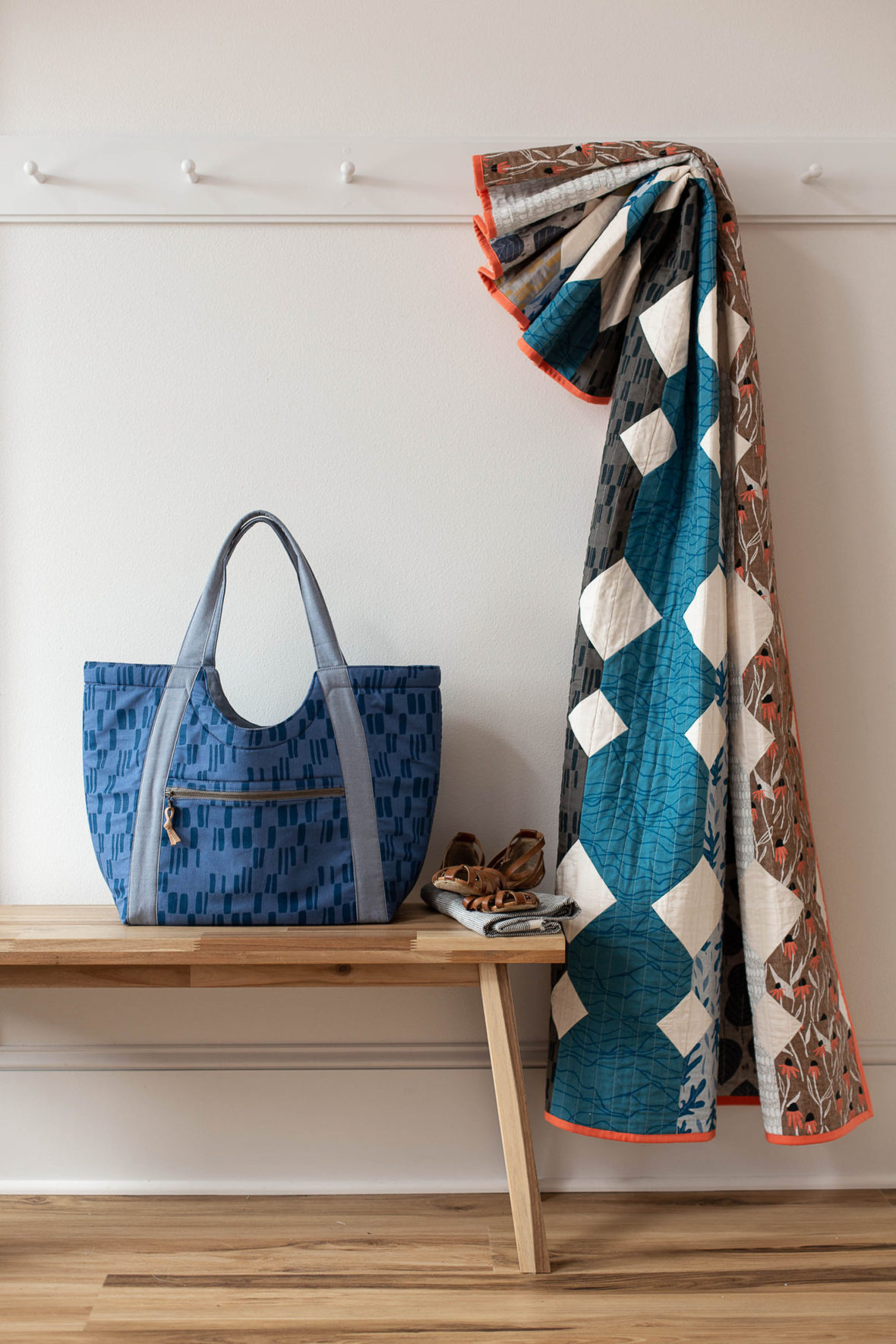 Poolside Tote and Paper Cuts Quilt from Blog