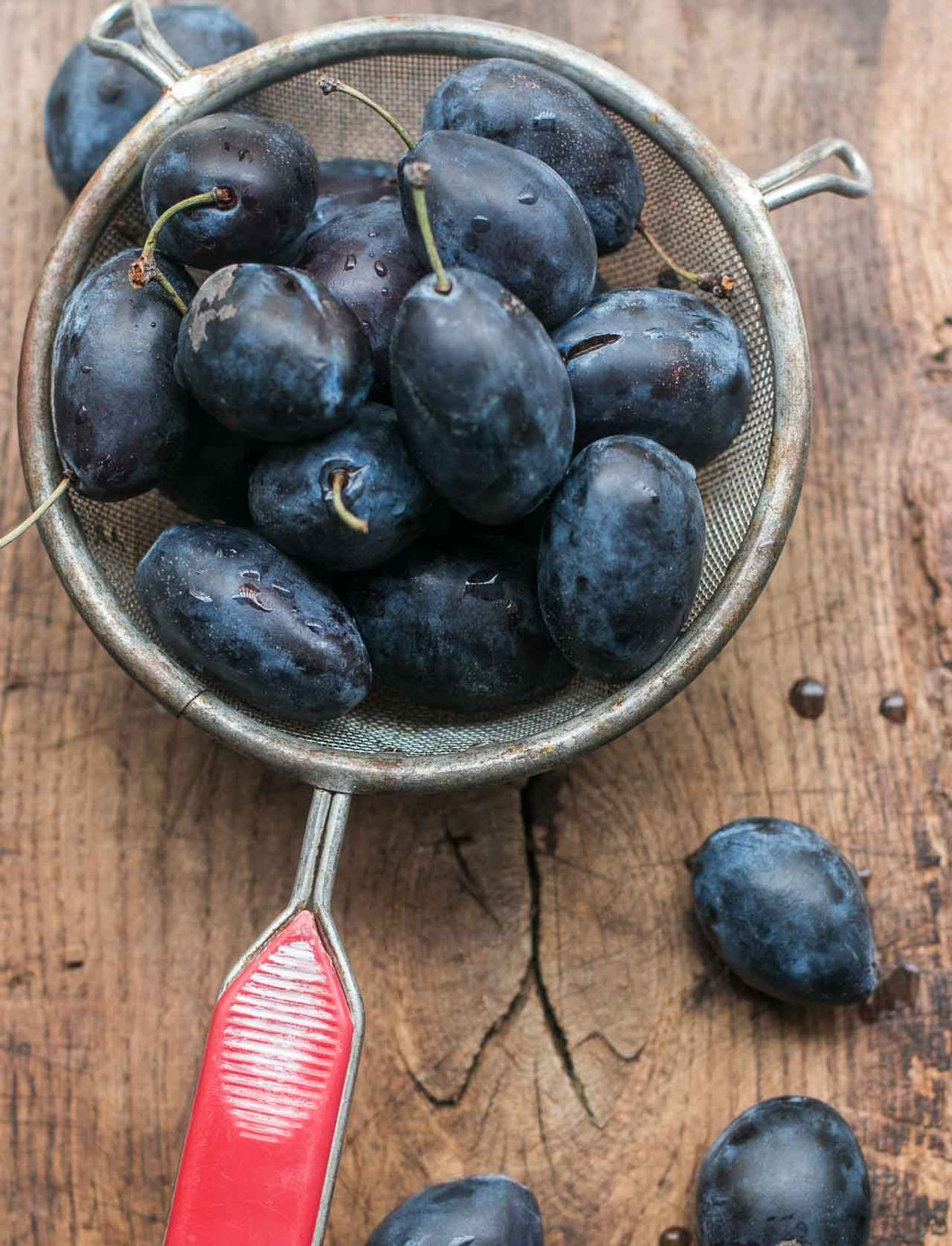 Italian prune plums Damsons