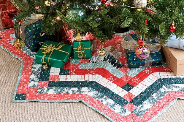 Free-Christmas-Tree-Skirt-Pattern-6508159