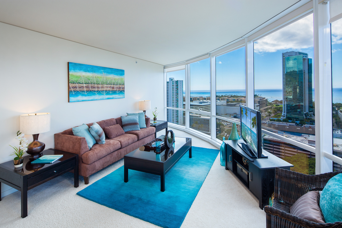 Open House! | Immaculate 3-Bed 2-Bath w/2-Parking | Moana Pacific ...