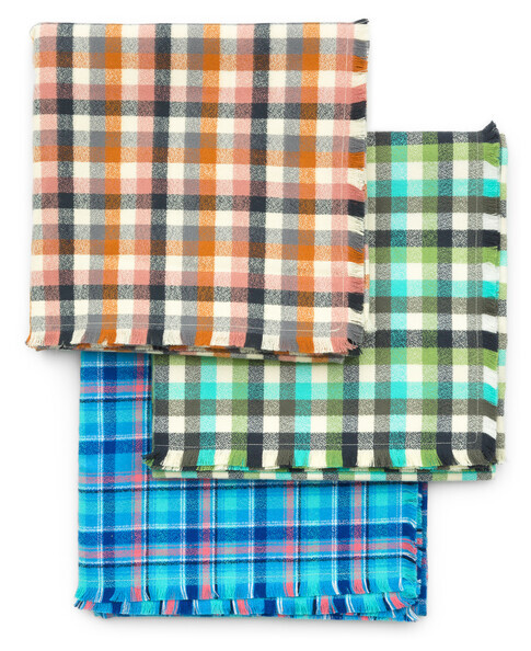 MammothJuniorFlannel BlanketScarf
