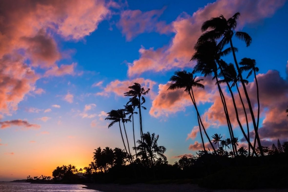 sunset-kawaikui-beach-oahu-hawaii-conde-nast-traveller-29april14-alamy-1200x800
