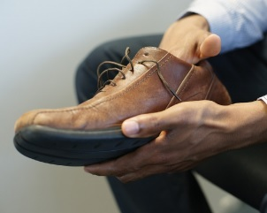 6. inspect your shoes