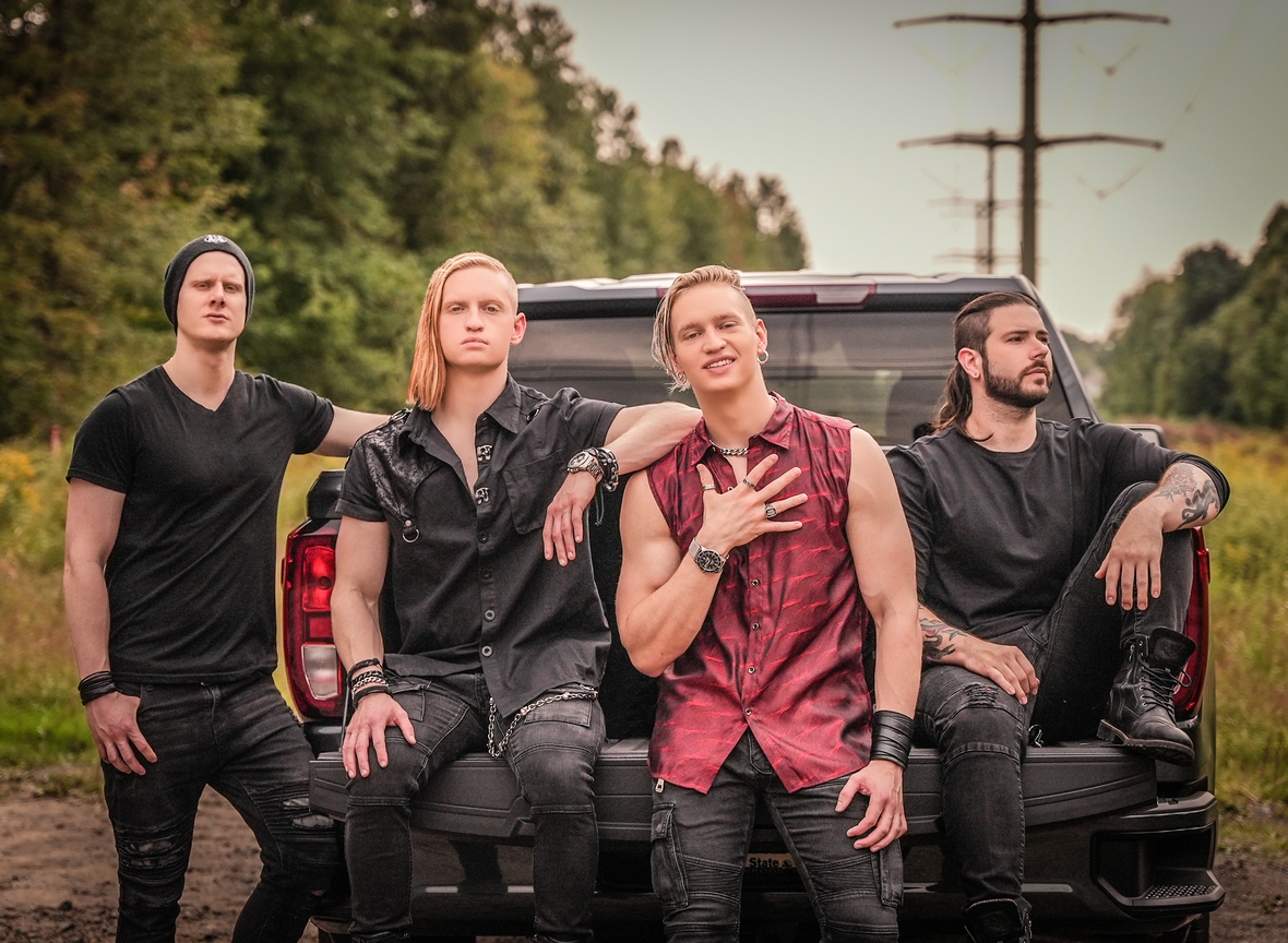 1-UNCURED OFFICIAL BAND PHOTO NEW