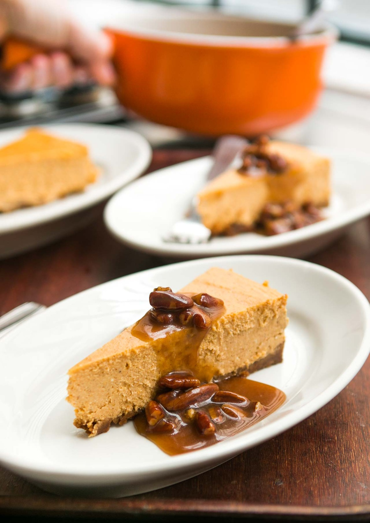 Pumpkin cheesecake recipe with toffee pecan sauce -5