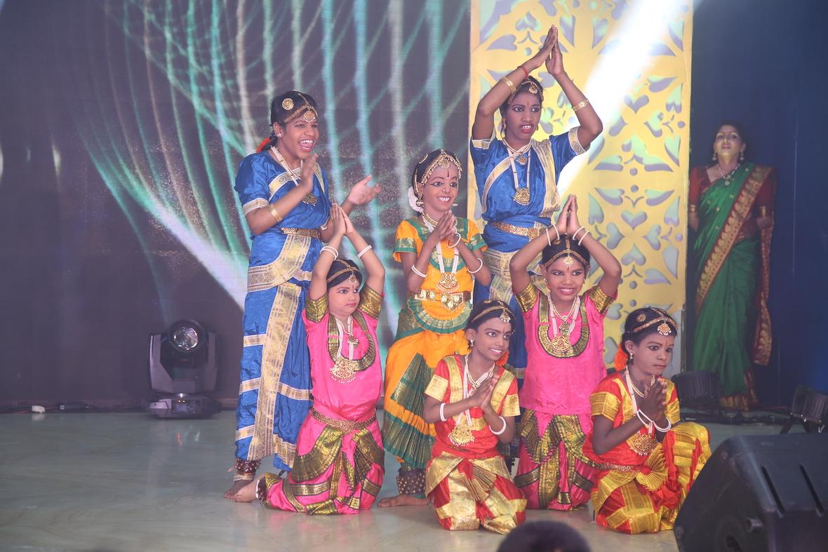 Classical Dance2