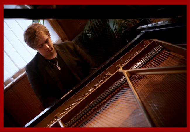 Harry Bolt Angled piano