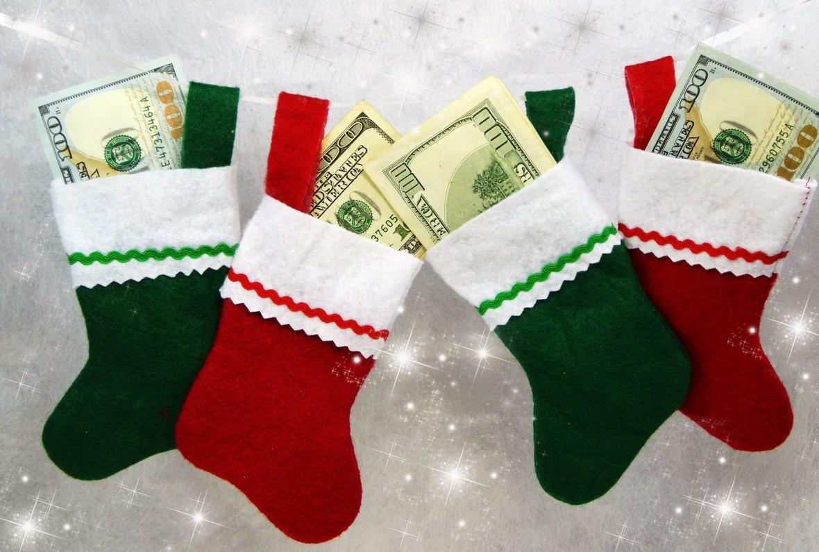 money-christmas-stockings