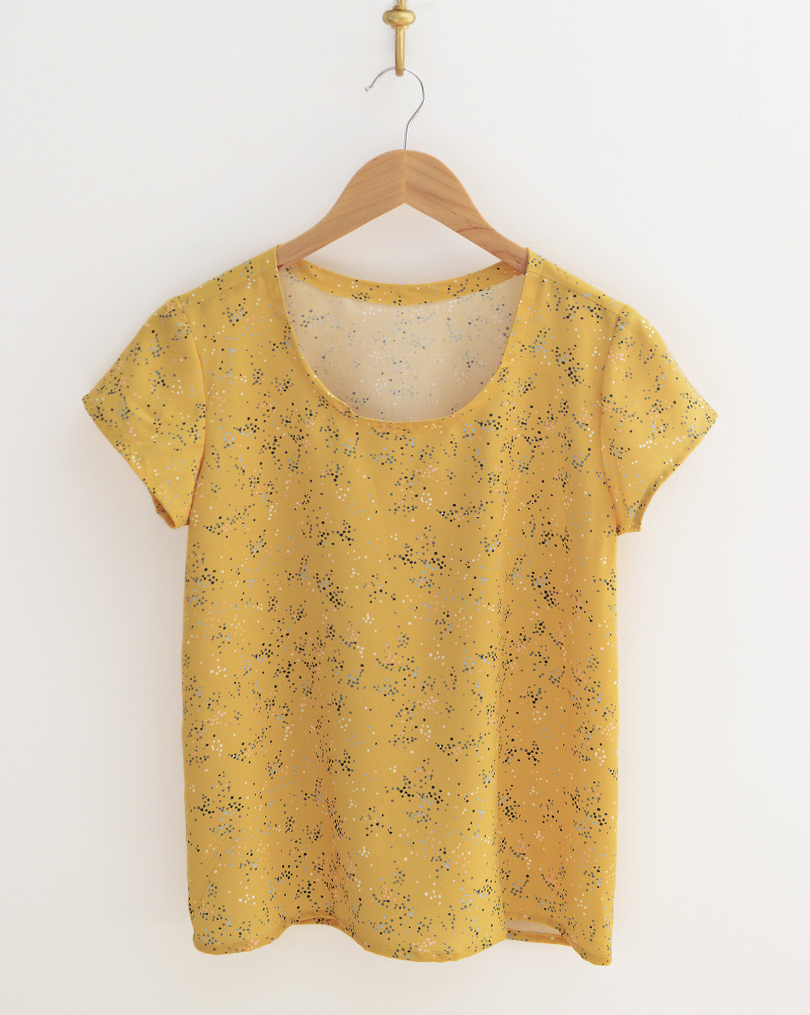 Scout Tee in Rayon 3