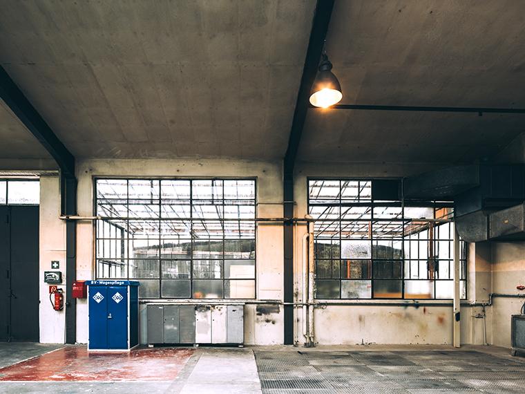 Garage 229 03