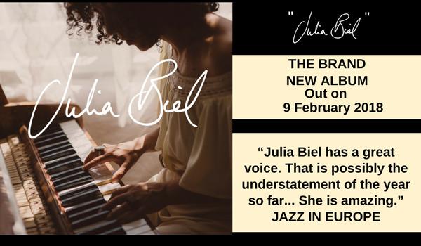 Julia Biel double ad7