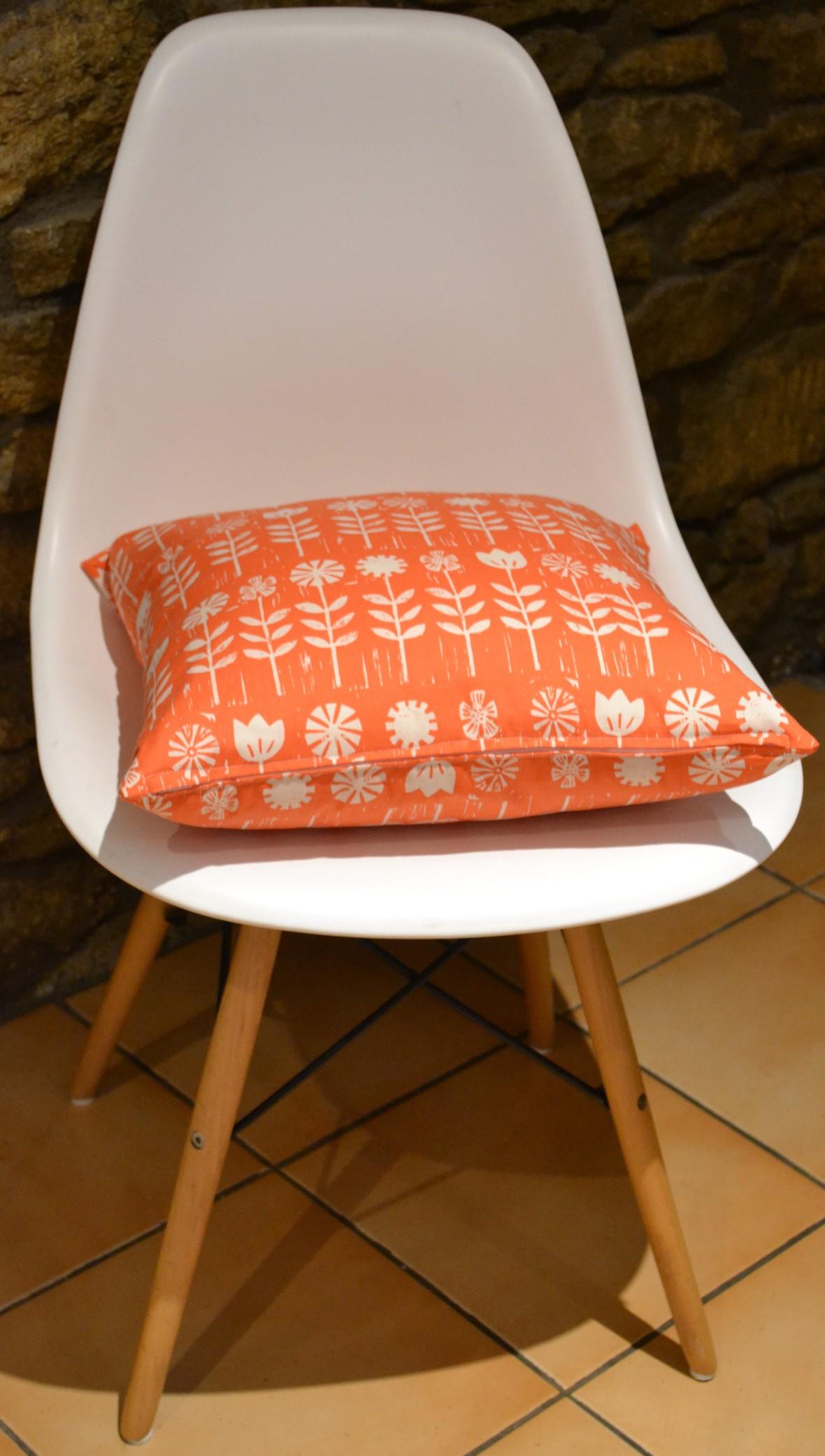 zipped cushion