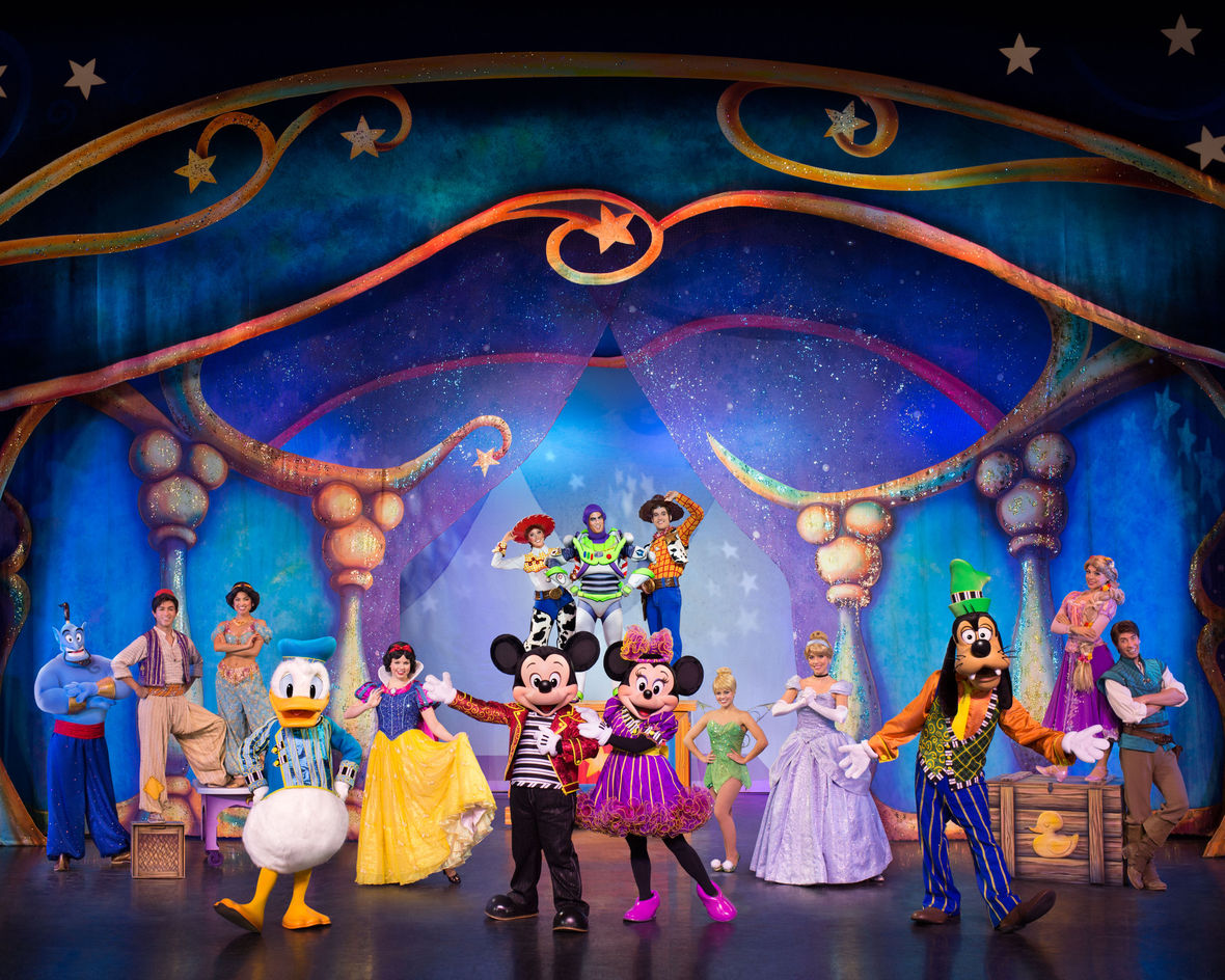 Mickey Minnie s Magic Show