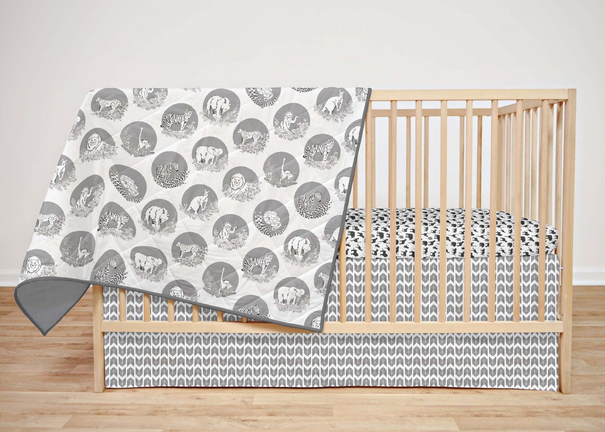 Zoo Garden Crib set in Black and White