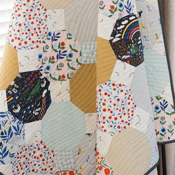 Cloud9fabrics- instagram-Mexican tiles quilt- free pattern