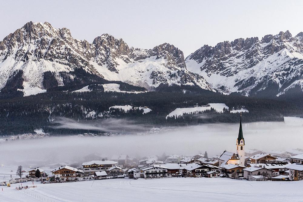 Ortsansicht-Nebel-Winter Ellmau Foto-von-Felbert Reiter- 3 danielreiterpetervonfelbert small