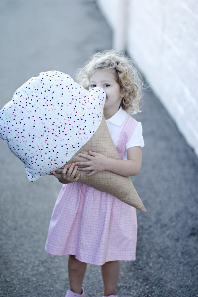 Ice-Cream-Pillow-Pattern-4