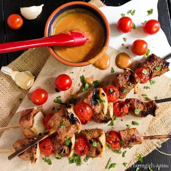 Sriracha-Honey-Mustard-Beef-Kebabs AFarmgirlsDabbles AFD-6