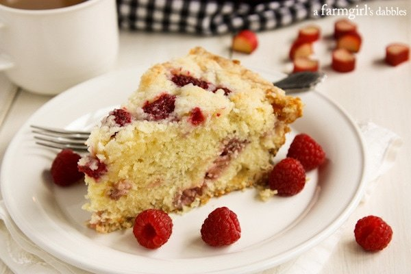Raspberry-Rhubarb-Skillet-Cake AFarmgirlsDabbles AFD-2-2