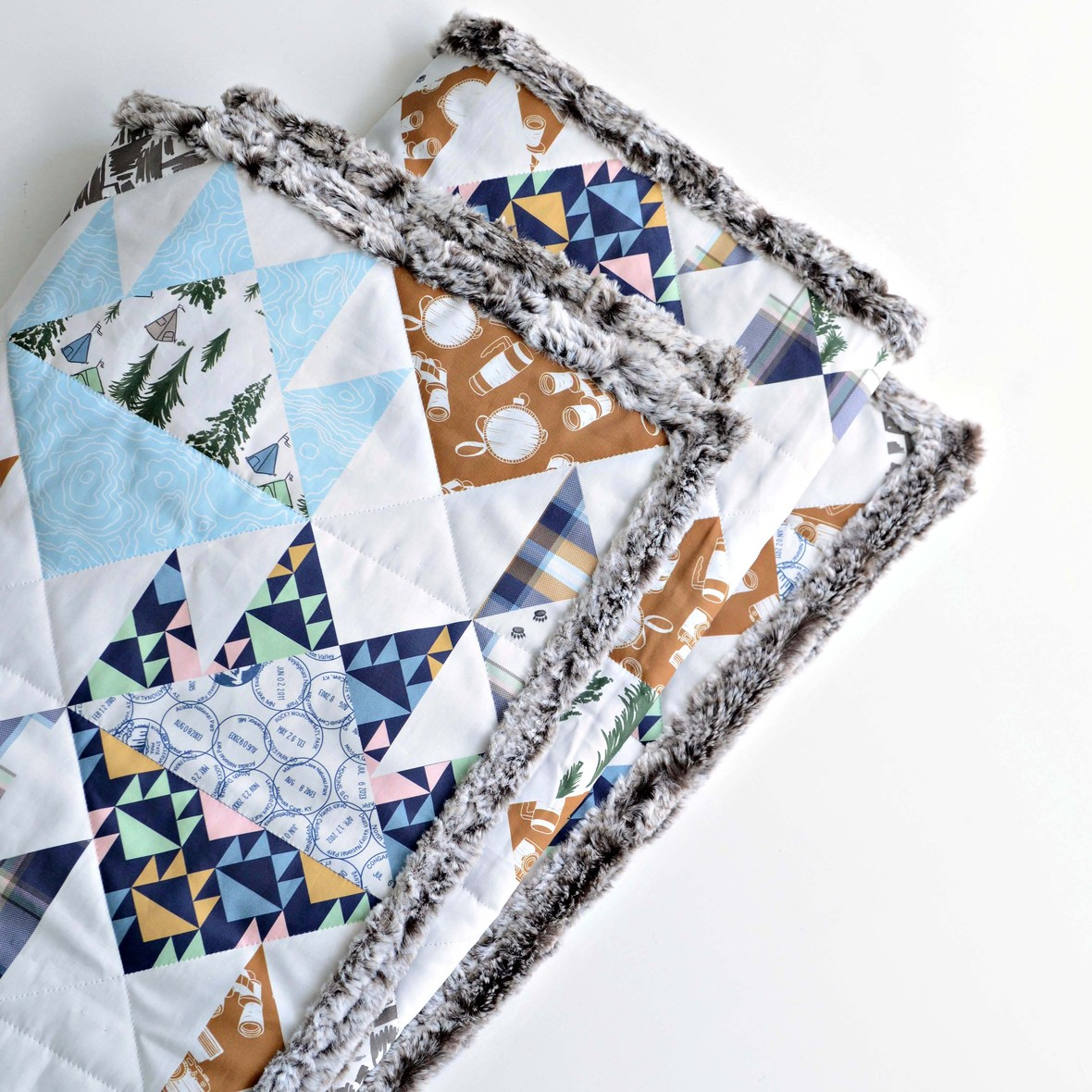 Mountain Road Trip Bear Paw Faux Patchwork Quilt