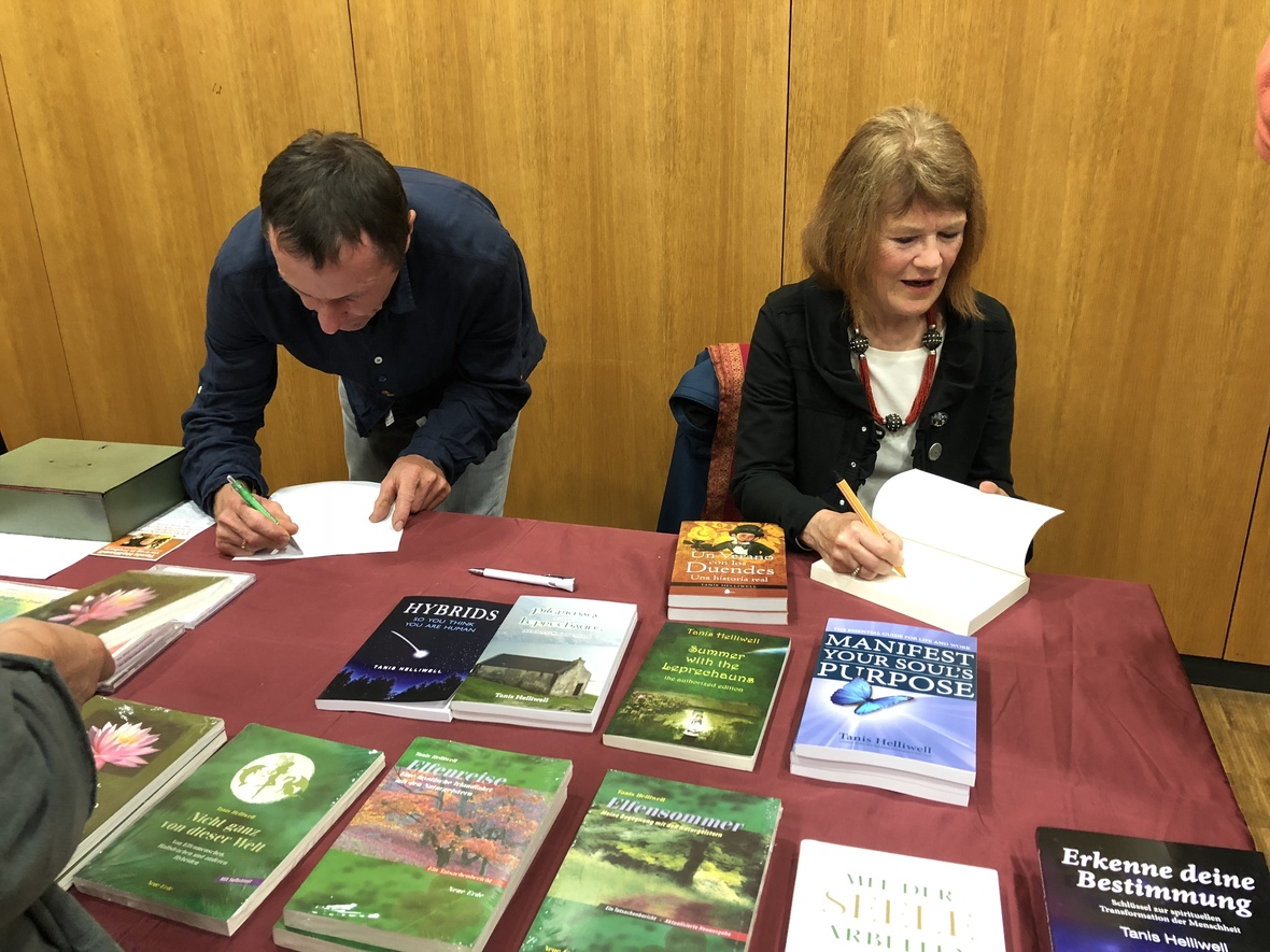 Book signing at Freiburg talk on 7 kinds of Power