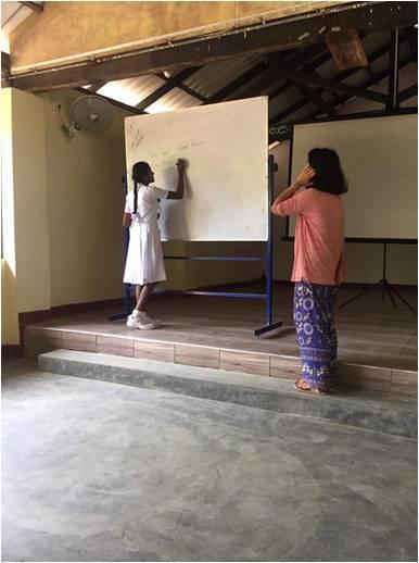 01. Ellen Ye Teaching at School