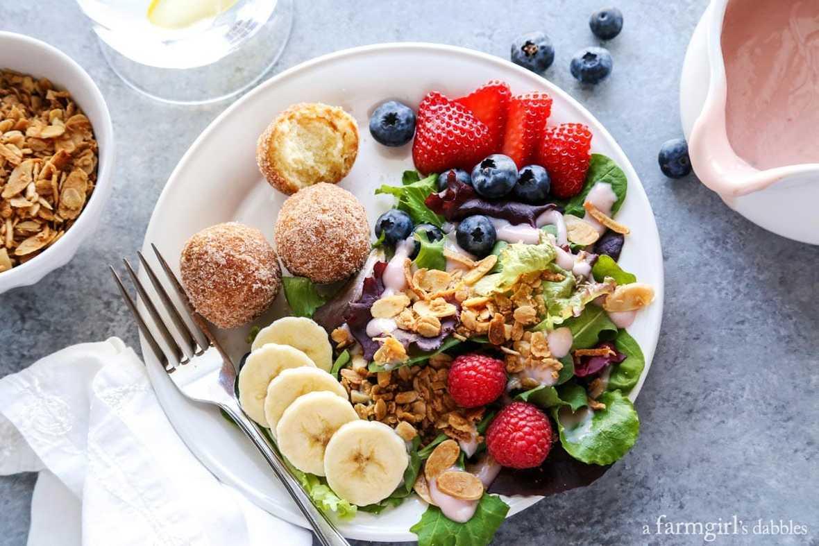 salad-for-breakfast-and-herby-lemon-vinaigrette AFarmgirlsDabbles AFD-4