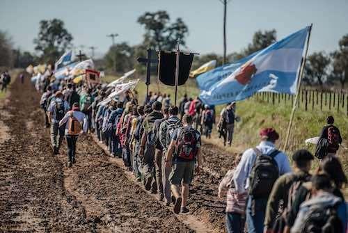 Peregrinos de Nuestra Senora de la Cristiandad en Argentina 01 01