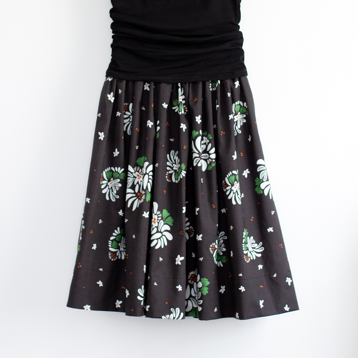 fanciful-black-skirt-site