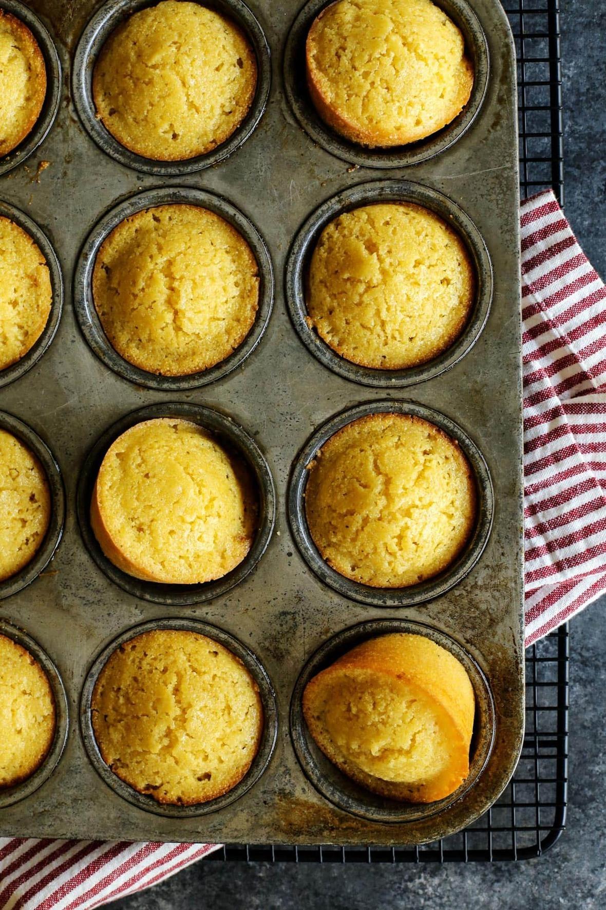 honey-cornbread-muffins AFarmgirlsDabbles AFD-1-1