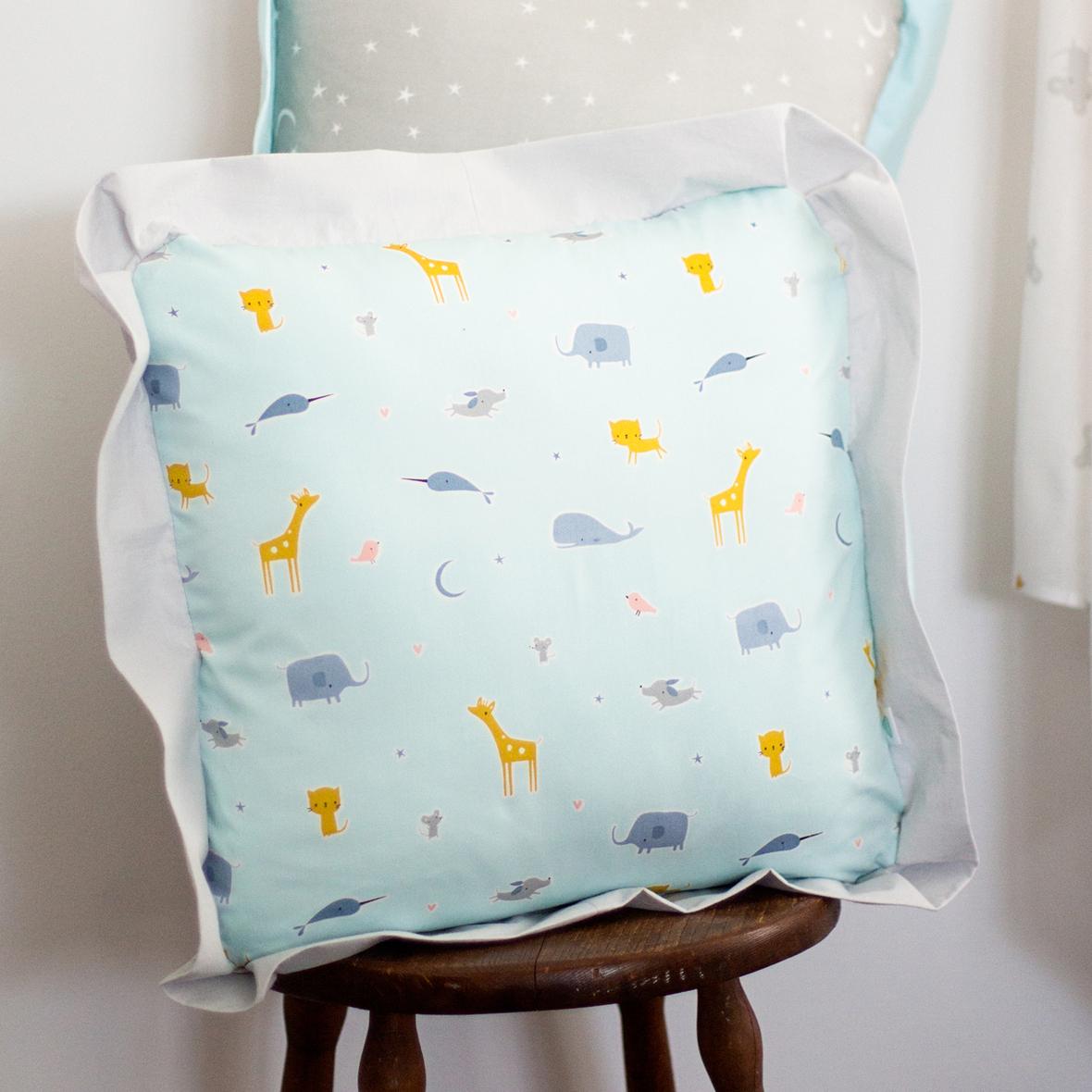 Cloud 9 website- Flanged pillow inspiration