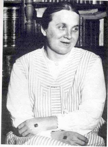 Teresa Neumann 01 01