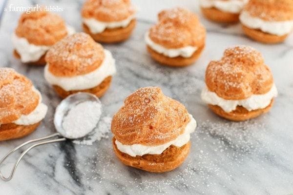Pumpkin-Pie-Cream-Puffs AFarmgirlsDabbles AFD-3-600x400