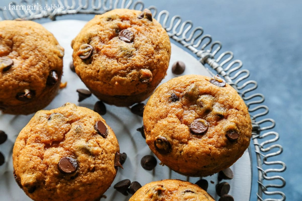 Pumpkin-Chocolate-Chip-Muffins AFarmgirlsDabbles AFD-5