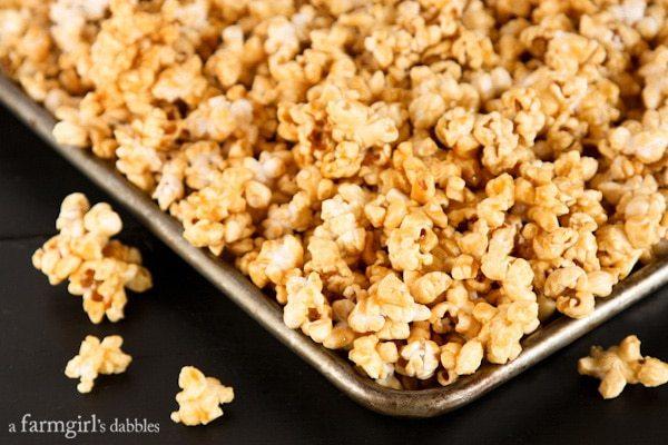 Microwave-Caramel-Popcorn AFarmgirlsDabbles AFD