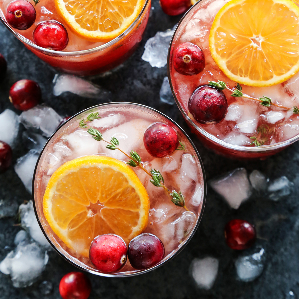 Cranberry-Thyme-Gin-and-Tonic AFarmgirlsDabbles AFD-1