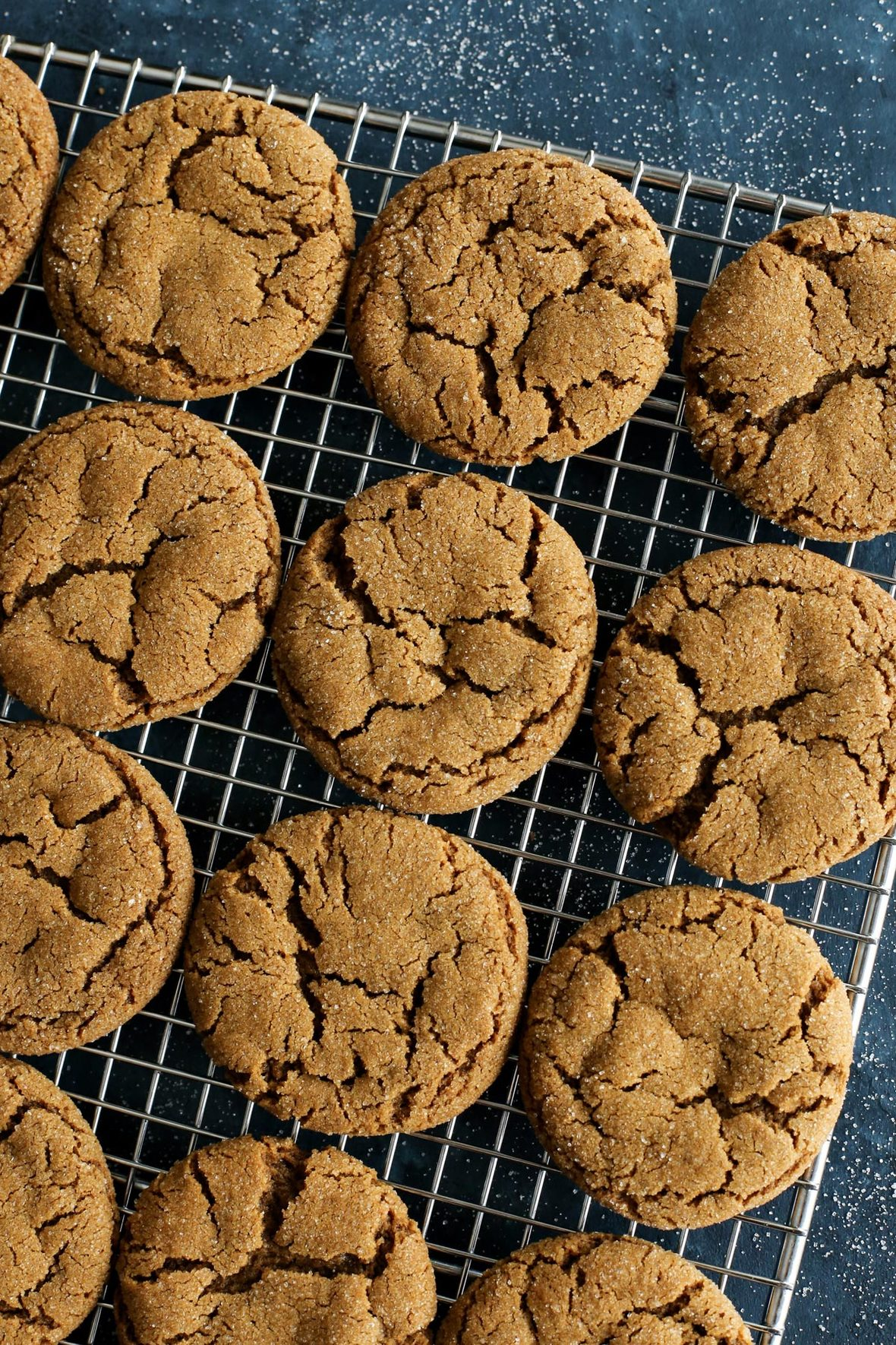 chewy-ginger-molasses-cookies AFarmgirlsDabbles AFD-1