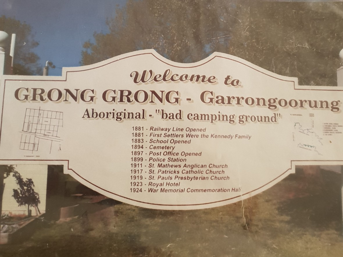 Grong grong sign