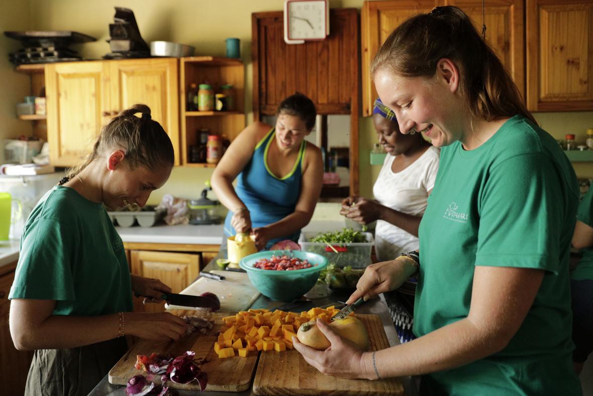 volunteer kitchen