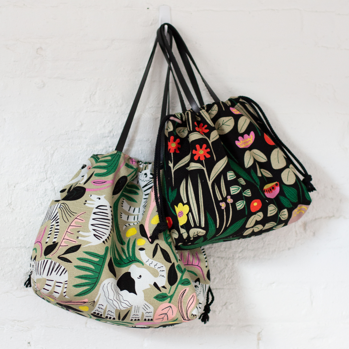 C9 WEBSITE- wild-bags-one-hook square- by sotak patterns
