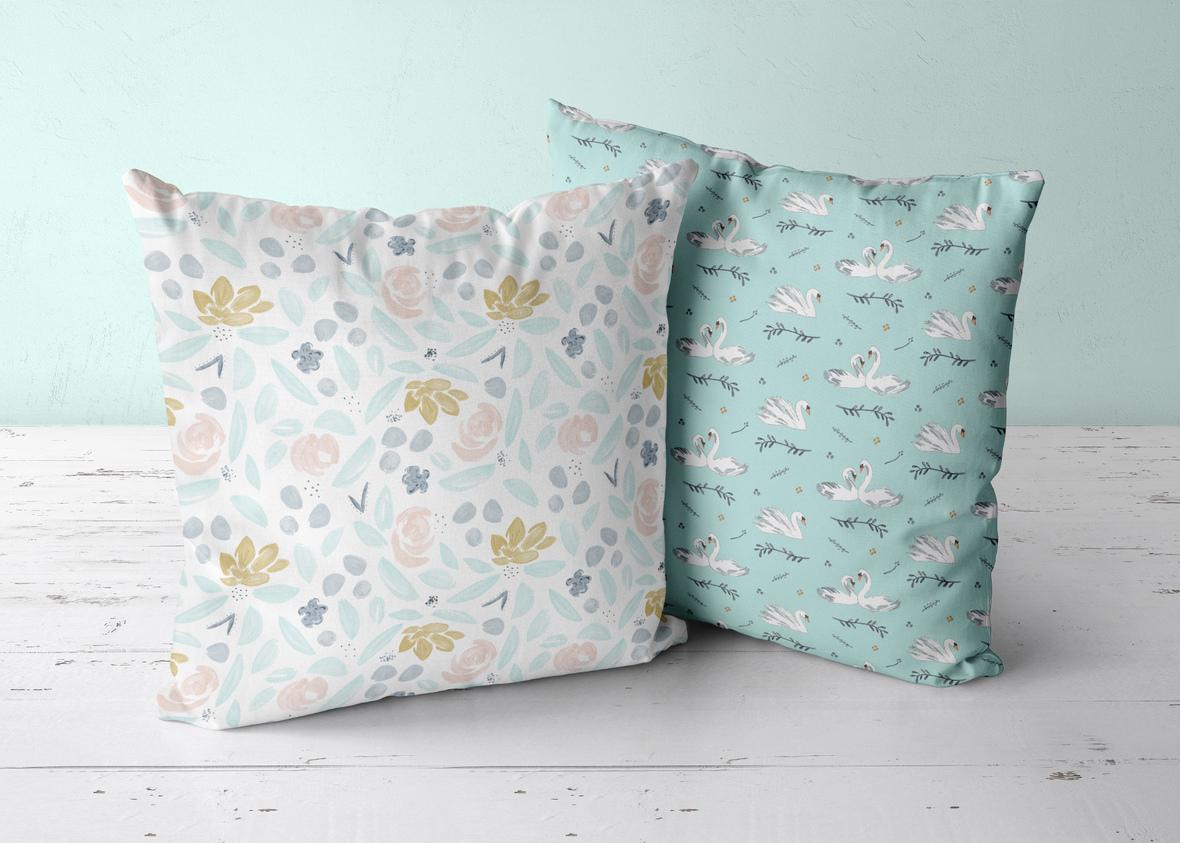 2 pillows mint