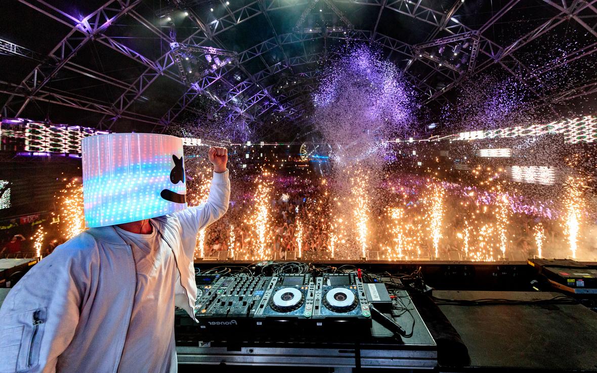 Marshmello-Live-Concert-DJ