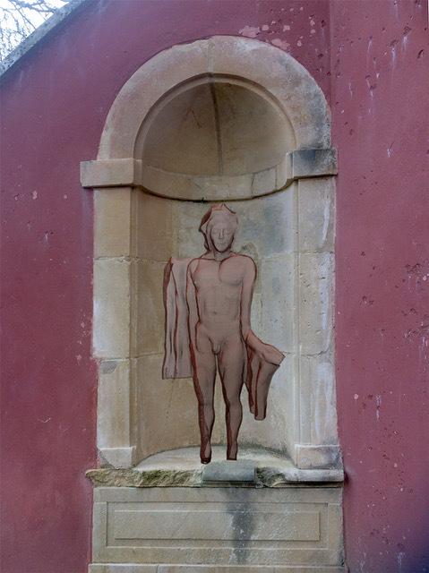 mythos-male-sculpture