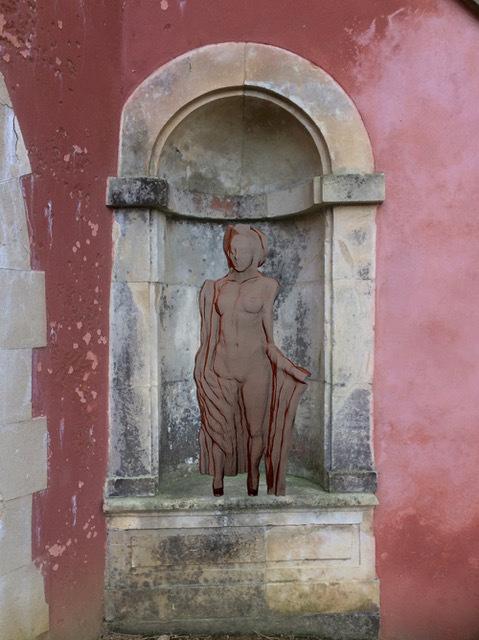 mythos-female-sculpture