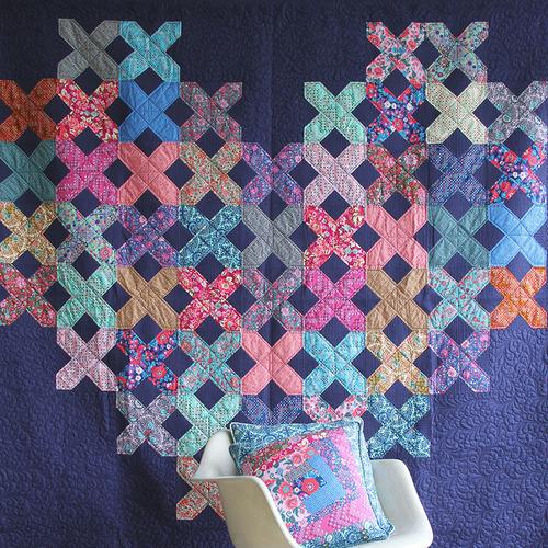 FS- cross may heart - free quilt pattern